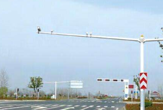 可连WIFI、可充电、可报警 充满5G智慧的路灯灯杆是这样