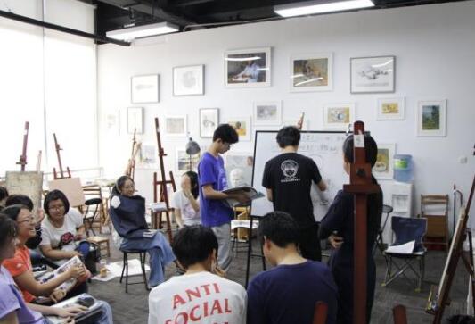 哪些画室报考清华美院的集训比较靠谱?